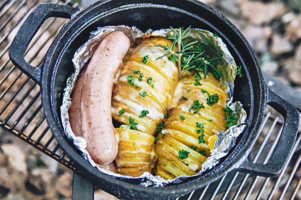 hasselback-potatoes-dutch-oven-16.jpg