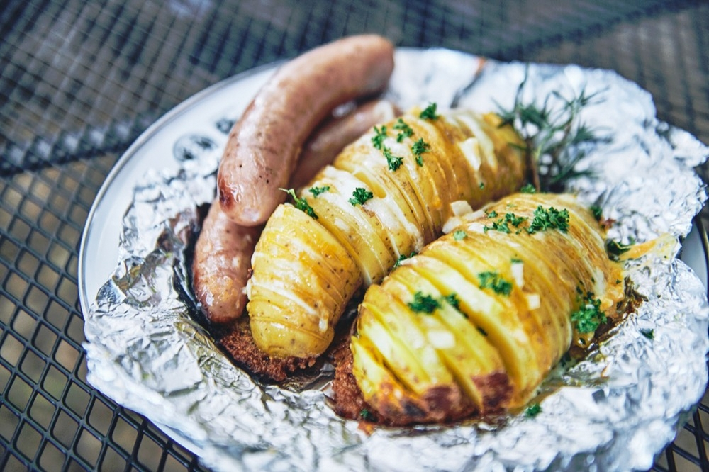 hasselback-potatoes-dutch-oven-19.jpg