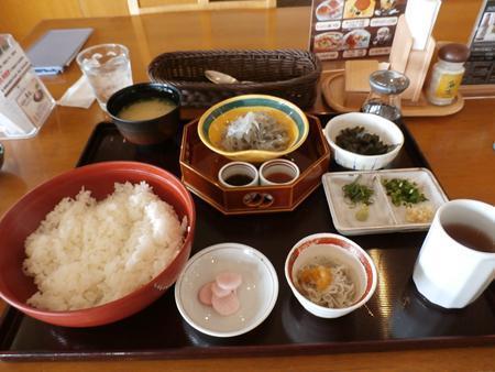 http://www.hyogo-mitsubishi.com/shop/takarazuka/assets_c/2015/05/12-2-P5110723_R-thumb-500x375-10103.jpg